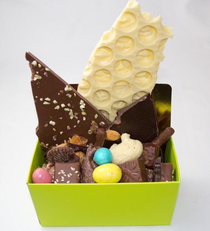 4- Chocolat a la casse plus bonbon, petits oeufs, coquille